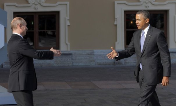 President Obama and President Putin Meet. Image from Yahoo News.