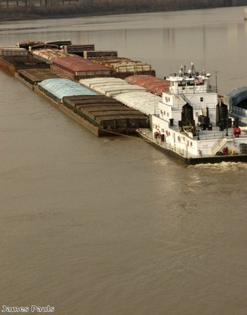 360w-wastewater-could-soon-be-transported-via-barge-in-the-us_1845_801672824_0_0_14097101_500